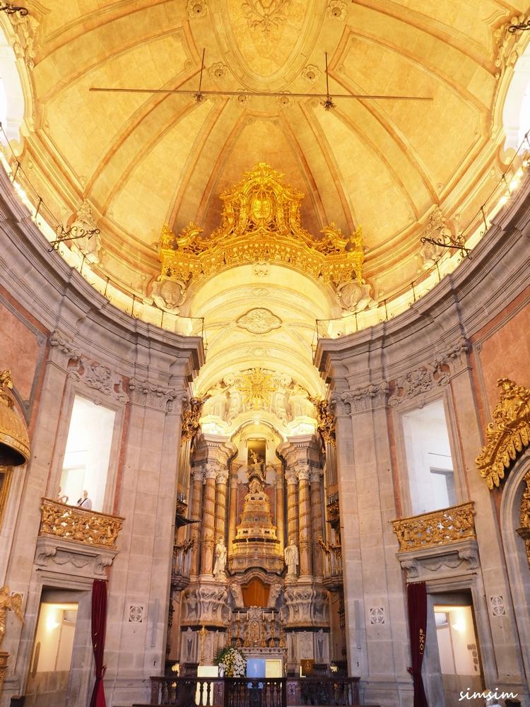 ポルトガル クレリゴス教会
