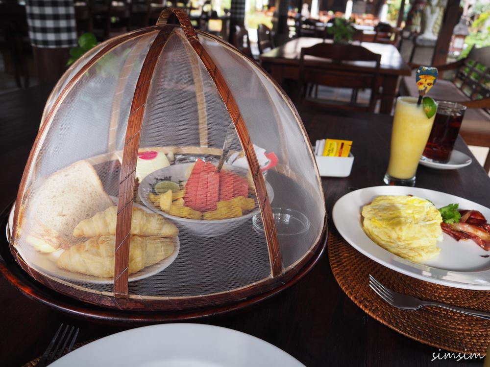 ルマーバリヌサドゥア朝食