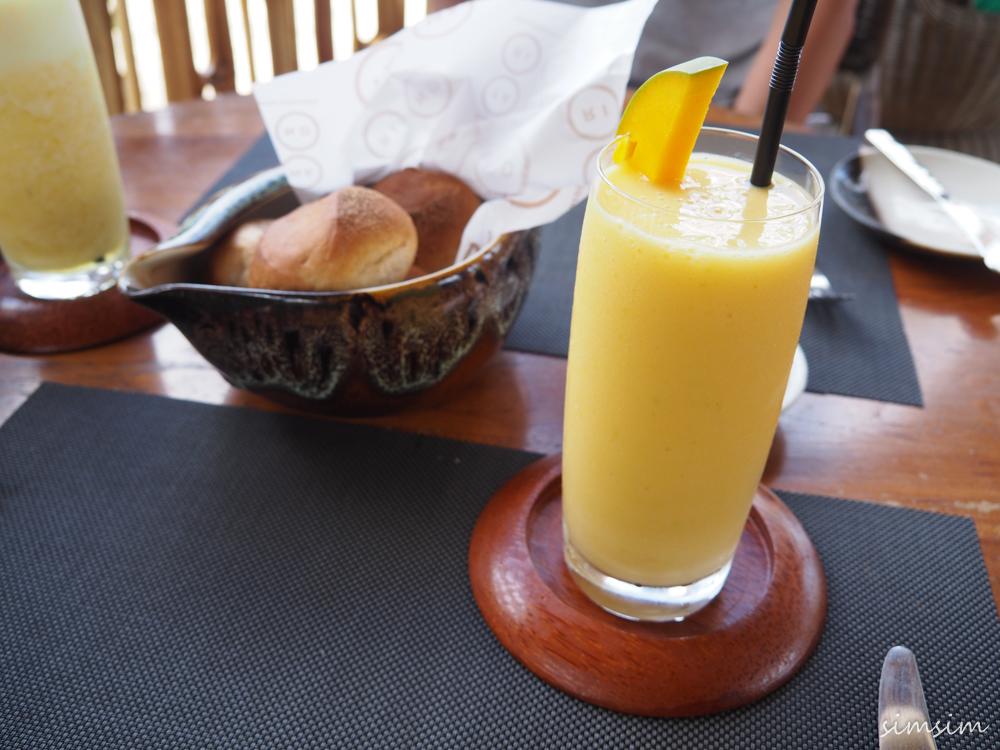 バリ島タマリンドキッチン&ラウンジ
