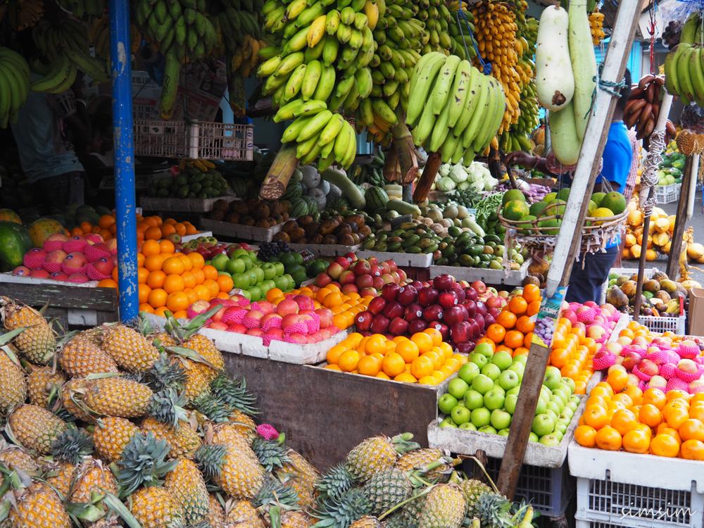 スリランカ旅行キャンディーマーケット