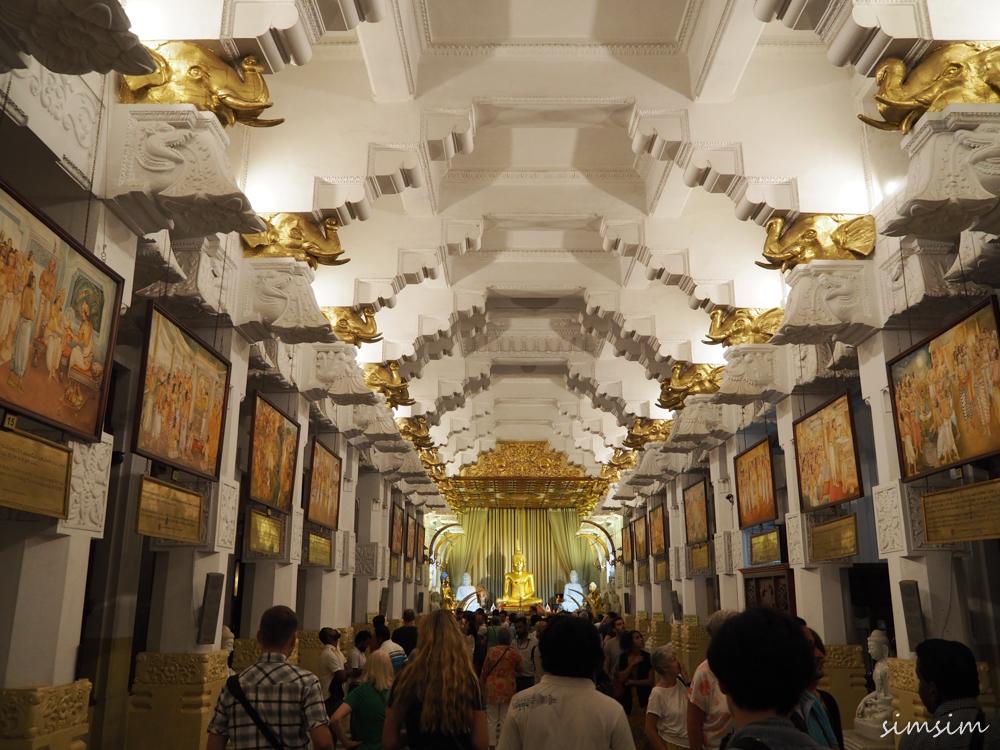 スリランカ旅行仏歯寺